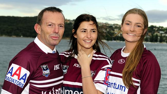 Abbott and his daughters dressing like extremely rich white people